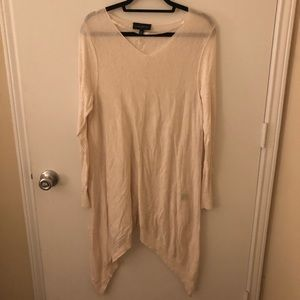 Lane Bryant 14/16 Cream Asymmetrical Hem Sweater
